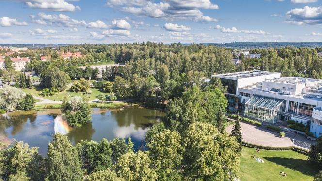 Visit_Tampere_Tampere-talo_Sorsapuisto_drone_views_Laura_Vanzo-3